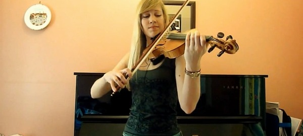 Guile's theme from Street Fighter 2 on violin - DSOGaming